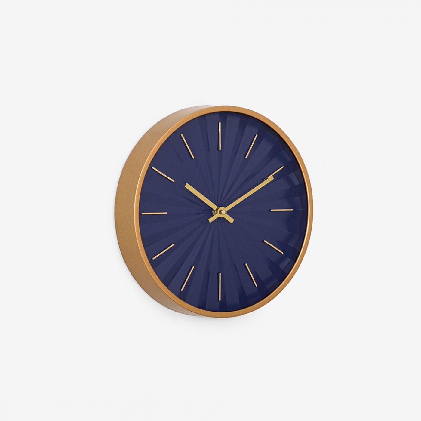 שעון קיר PLEAT