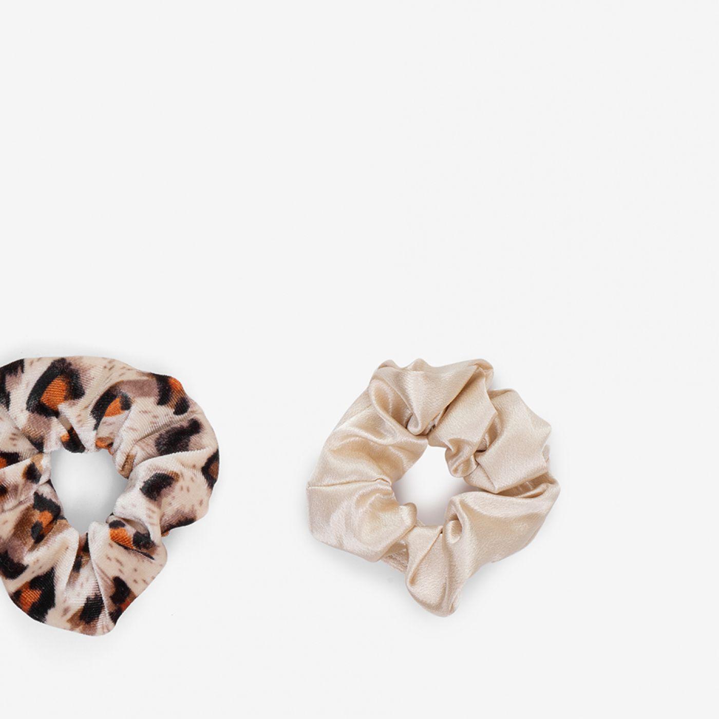 זוג גומיות סקראנצ'י