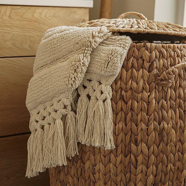 הגשם הפתיע אתכם? ☔️ מלא פריטים לחורף חם ומפנק מחכים לכם באתר ובחנויות